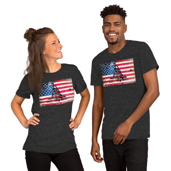 Dark Heather Grey T-Shirt Don't Tread on me Bullet Hole on American Flag