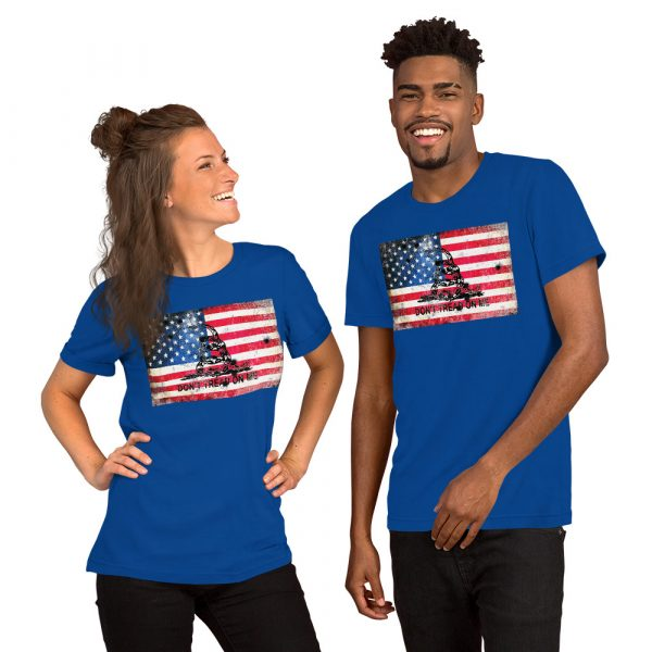 Blue T-Shirt Don't Tread on me Bullet Hole on American Flag