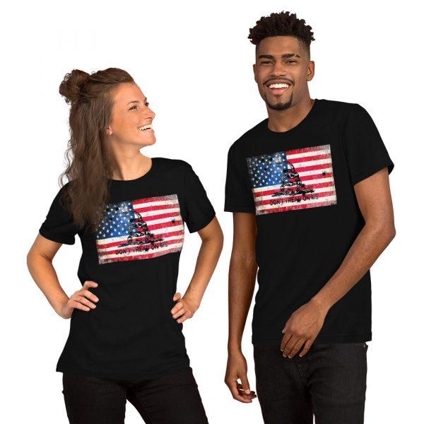 Black T-Shirt Don't Tread on me Bullet Hole on American Flag