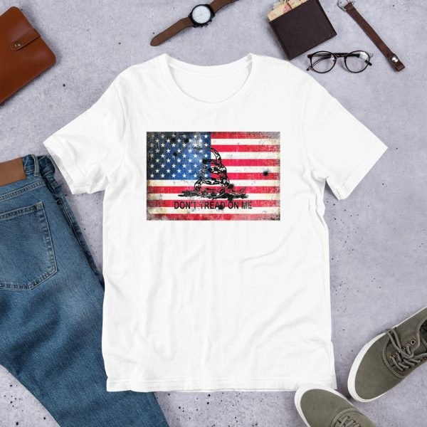 White T-Shirt Don't Tread on me Bullet Hole on American Flag